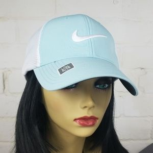 Nike Mesh Golf Cap Defect